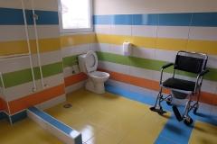 toalet-staracki-dom1